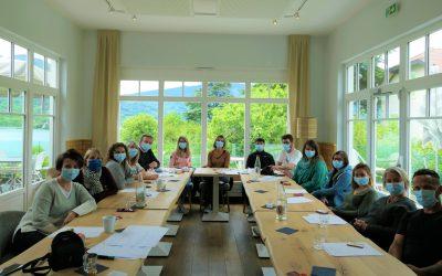 L'équipe SAVOA réunie pour un séminaire d'entreprise au bord du lac !